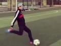 视频-鹿晗训练场秀任意球绝技 完美弧线中框弹飞