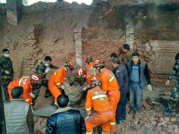 重庆垫江一砖厂发生垮塌事故,致4人遇难1人重伤