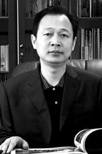 十堰日报社党委书记、社长 集团董事长 李东晖