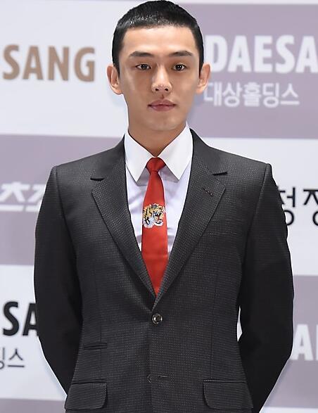 刘亚仁资料_韩国艺人刘亚仁被曝患有骨瘤经纪公司确认-韩娱频道