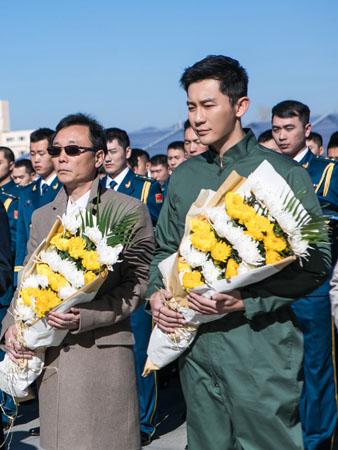 李晨自导自演《空天猎》开机 武器装备应有尽有