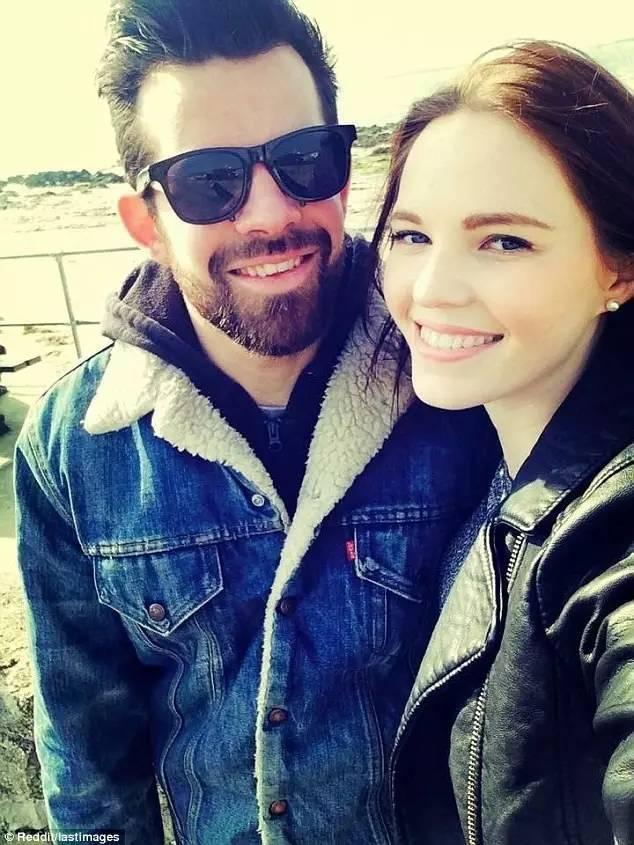 """""""这张照片是我们一起在海边散步的时候拍的,第二天他死于一场交通意外,那年他27岁"""""""