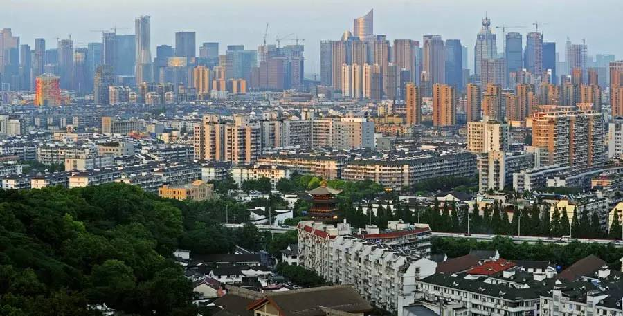 浙江杭州市城区景色(图自新华社)