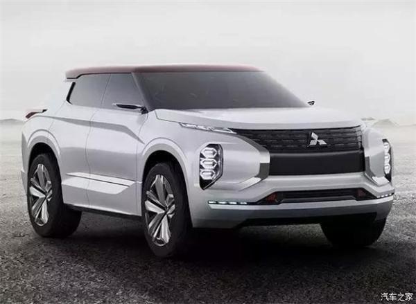 不过,这个局面应该很快就会改变,据悉,在2017年到2020年的短短4年内,广汽三菱将推出8款车型——全部是SUV。这个力度,对于一个纯SUV厂家而言,是非常给力的。毕竟,东风日产也才只有3款SUV车型而已。