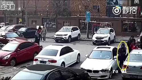 是个女司机。。。