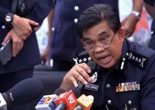 此外,有关神经毒剂的来源也是警方调查重点之一,警方证实已经突击一处高档公寓,并发现了一些有关毒剂的线索,而有关DNA鉴定,马警方仍在等待死者家属前来进行DNA的比对,但是马来西亚表示不会等太久。