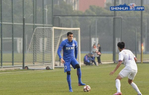 The warm-up match - Tevez assists Moreno broke the Shenhua 1-0 victory over Beikong