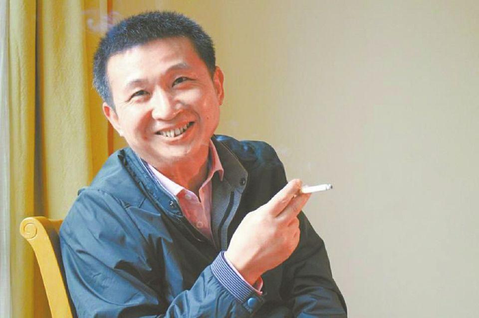 王东锴简历跟拍陈满被骗的拍摄者:现在深深地