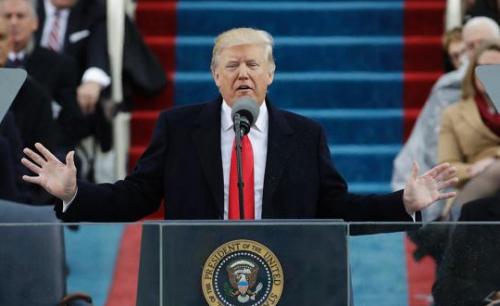 特朗普1月27日签发了一个行政命令,禁止7个穆斯林国家游客进入美国以及120天内拒绝接受难民。