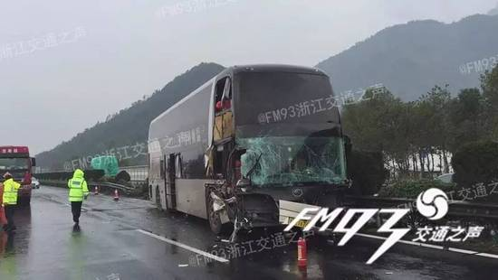 目前,大客车驾驶员王某因涉嫌交通肇事罪,被公安部门采取刑事拘留强制措施。