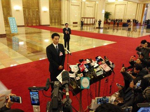 新任商务部长钟山:中国外贸发展方式必须调整