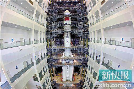 即将承担天舟一号发射任务的长征七号是我国新一代中型运载火箭,近地轨道运载能力13.5吨,去年6月首飞成功。新华社(资料图)