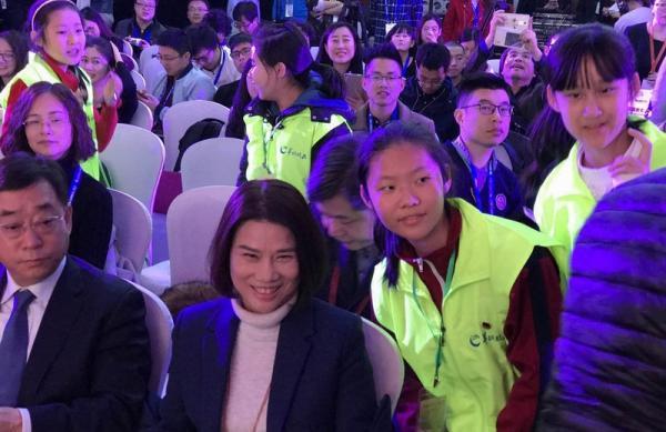 董明珠在格力智能装备全球首发暨高峰论坛上。