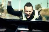 女司机玩手机怒怼新疆交警