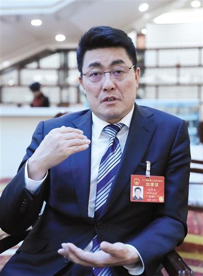 9日,四川省凉山州委书记林书成接受新京报记者专访。新京报首席记者 陈杰 摄