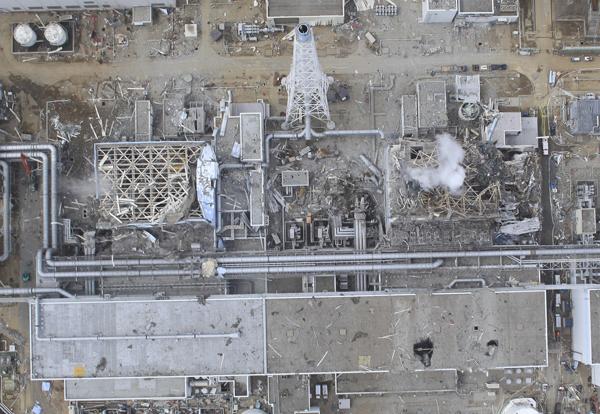 2011年3月20日,日本Okumamachi,爆炸后的福岛第一核电站3、4号机组航拍图。 视觉中国 资料图
