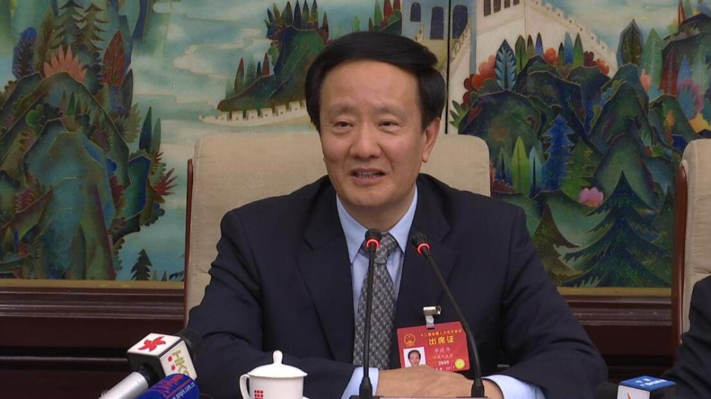 全国人大代表、宁夏回族自治区党委书记李建华/来源:香港卫视