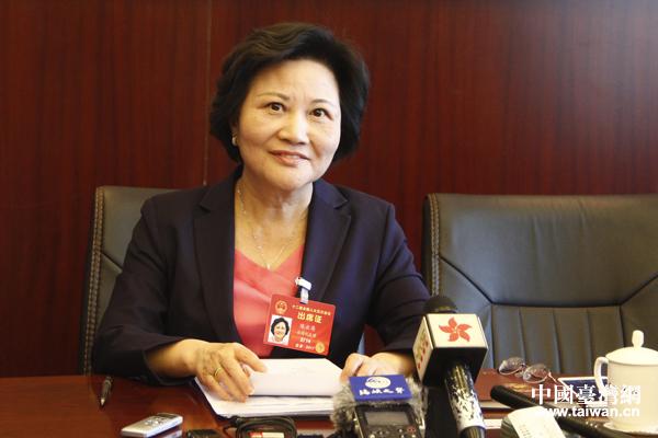 台籍全国人大代表陈云英。