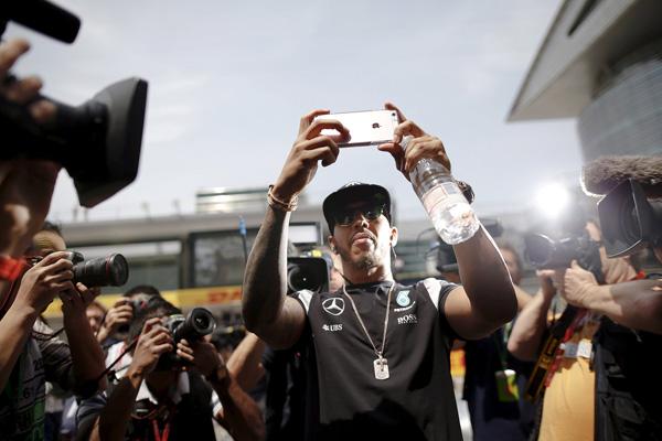 2016年4月17日,汉密尔顿在F1大奖赛上海站。