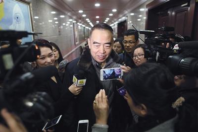 """著名导演陈凯歌受访时表示,""""我只能做品质电影,始终相信内容为王,这才是对观众最大的尊重。"""" 来源:新京报 记者 侯少卿 摄"""