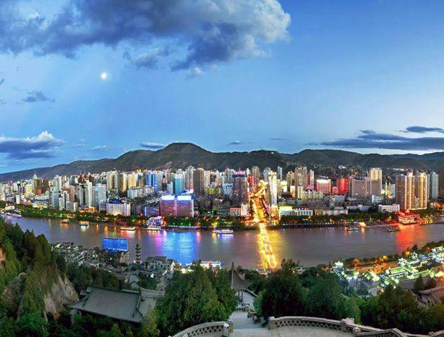 """包括郑州在内,近年来,部分城市尤其是省会城市希望升格为副省级城市。此前2月,甘肃省兰州市城乡规划设计研究院编制完成的《中国・兰州2030城市规划愿景》提出,""""创造条件将兰州升格为副省级城市""""。"""