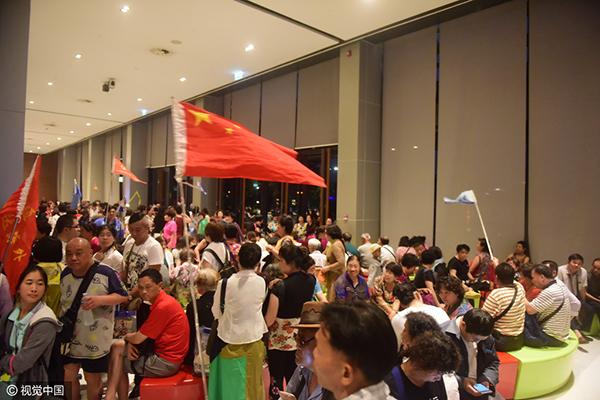 3月13日,在泰国曼谷,大批中国游客蜂拥到KING POWER免税商店参观购物