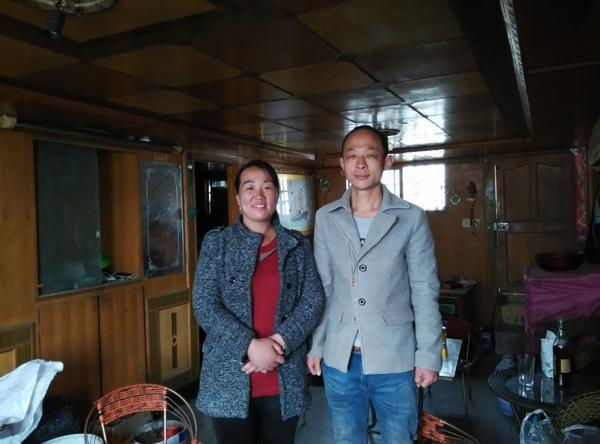 船民张伟峰夫妇期盼河南内河航运新时代早日到来。