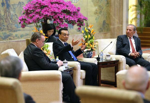"""""""全球化问题需要全球人携手解决。""""3 月 20 日,李克强总理在回应中国在全球化中扮演怎样的角色时这样回答。"""