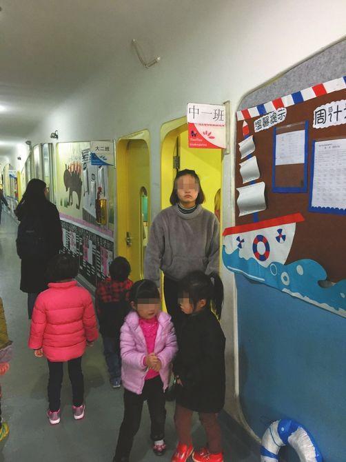 幼儿园教师被指针扎小孩屁股 被教育局要求停课