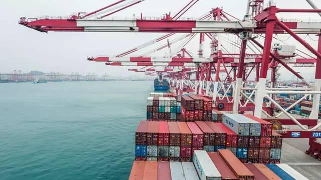 澳大利亚和新西兰都是中国重要的经贸合作伙伴。早在2008年4月,中新双方就签署了《中华人民共和国政府和新西兰政府自由贸易协定》。2015年6月,中澳双方签署了《中华人民共和国政府和澳大利亚政府自由贸易协定》。