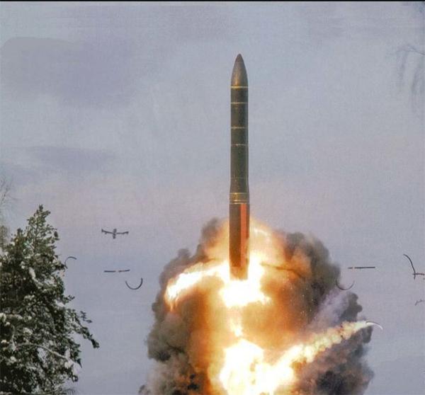 """俄战略火箭军大规模军演强硬回击""""萨德""""入韩"""