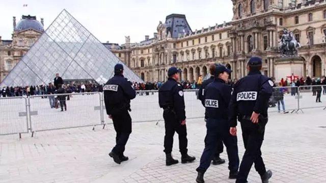 """法警察枪杀华人事发巴黎""""唐人街"""" 华裔屡屡受害"""