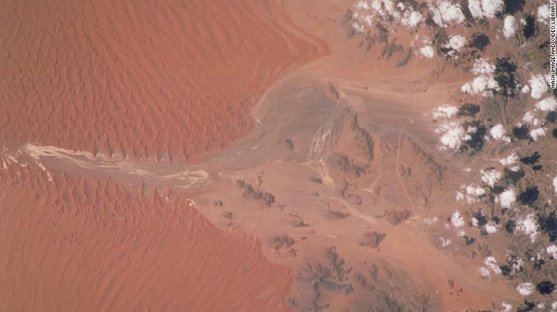 2001,纳米比亚,索瑟斯湖盆