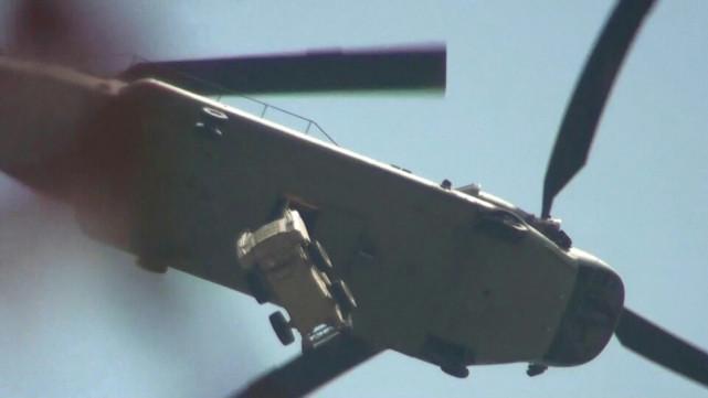 陆运萨德被村民阻拦韩国调来8架直升机救急(图)