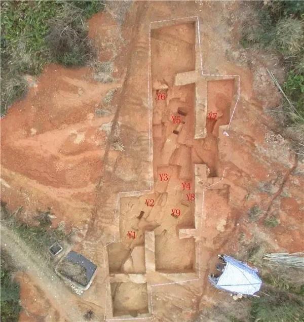 苦寨坑原始青瓷窑址窑炉遗迹俯瞰