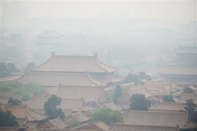 今春以来最强沙尘袭京 今日局地或有扬沙