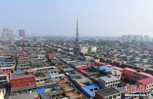 4月5日,从高空俯瞰河北容城。 中新社记者 翟羽佳 摄