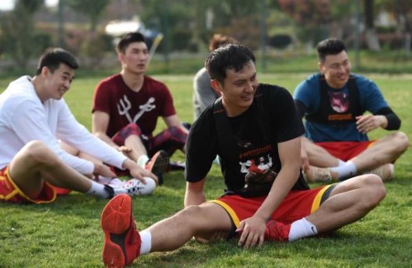 中国男篮队员集训。