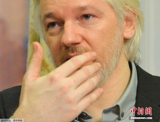 """""""维基解密""""网站创始人阿桑奇当地时间18日召开新闻发布会时表示,确认自己将于不久后离开厄瓜多尔驻英国使馆,但他并未提及具体离开的时间及更多细节。"""