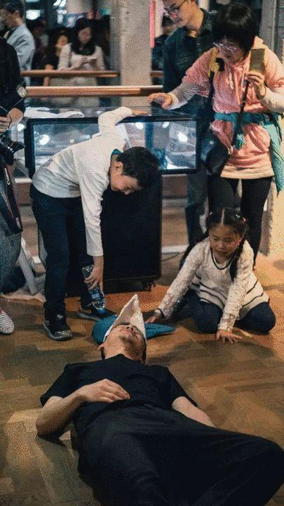 观虚室声音剧场实验小组(陈松,郜晓琴,周勇)表演