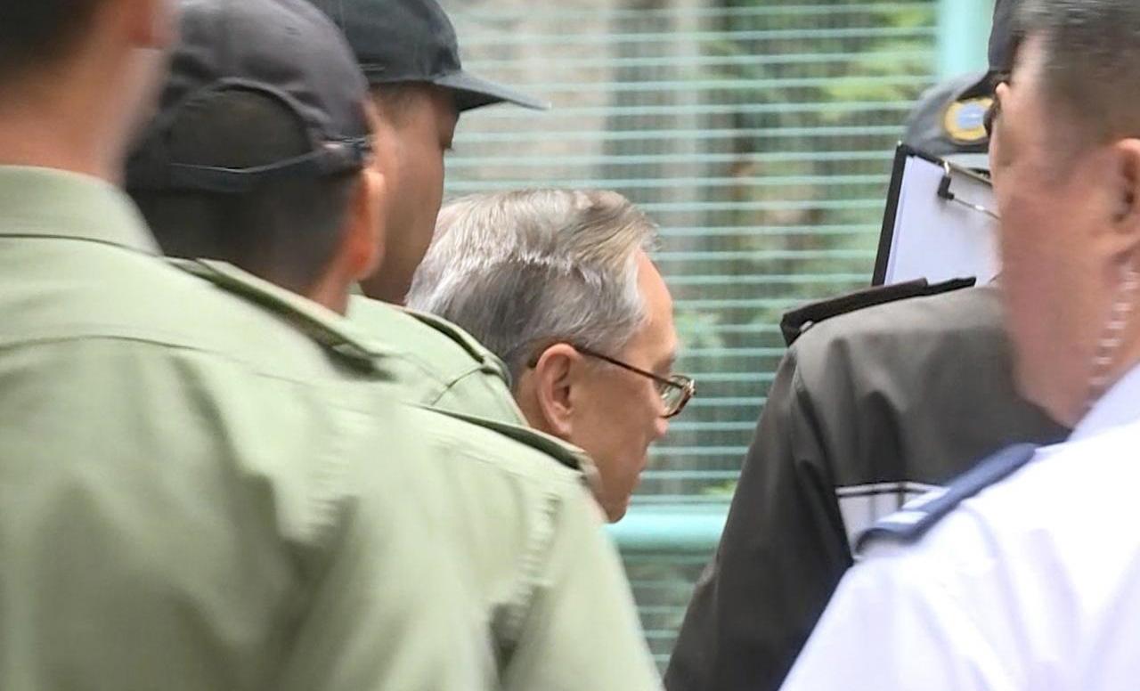 香港特区前行政长官曾荫权早前因公职人员行为失当罪名成立,被判20个