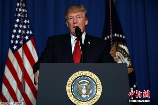 """特恩布尔也表示,他""""非常高兴""""能够到访并与特朗普进行会面,声明这是一次""""重申两国同盟关系以及美国加强与亚太地区合作""""的机会。""""澳大利亚和美国拥有相同的民主、法治价值观,对和平、繁荣和安全拥有共同的承诺。我们将继续为维护在中东地区的价值观而共同奋斗,我还将与美国指挥长官和国防部长马蒂斯共同探讨这一地区的未来。"""""""