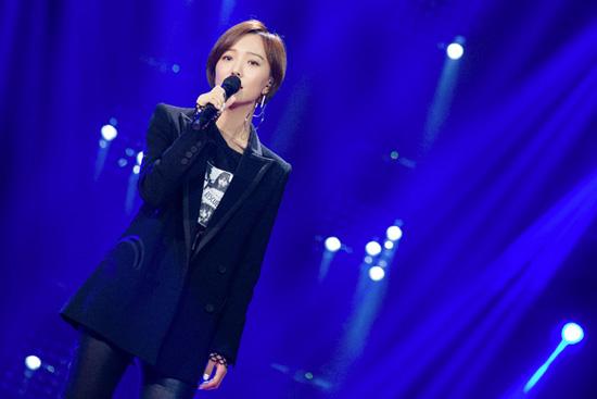 王珞丹自曝是被演戏耽误的歌手 嗨唱重返十七岁
