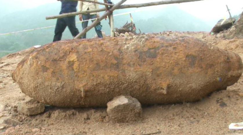 排爆专家福建无人区引爆300公斤美式航弹
