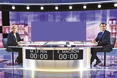 法国总统选举决胜轮前夕,候选人埃马纽埃尔・马克龙与玛丽娜・勒庞3日举行电视直播辩论,却演变为一场口水战。