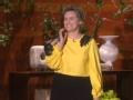 《艾伦秀第14季片花》第一百四十九期 泰勒赤脚上舞台遭调侃 艾伦曝手指骨头错位X光片