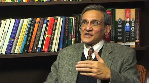 印度政府资深顾问、前外交官穆库尔・圣瓦尔