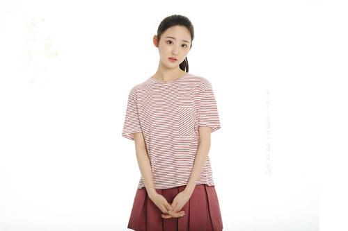 王瑜莹出演电影威海杀青 造型曝光青春可人