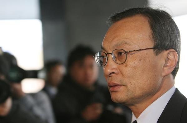 韩公布派往美中日俄特使人选前总理将赴华破冰