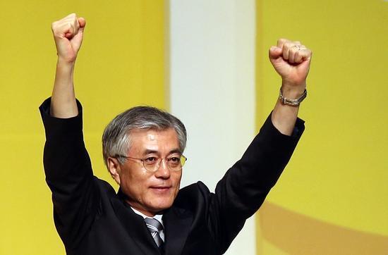 新华社首尔5月15日电韩国民调机构15日发布的民意调查结果显示,74.8%参与民调的韩国选民对新总统文在寅的执政前景表示乐观。